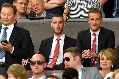 De Gea cầu xin Van Gaal được bắt chính trận Liverpool