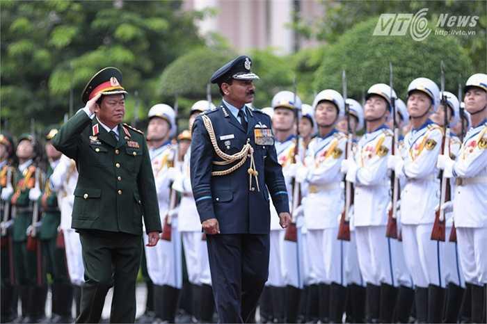 Chuyến thăm của Đại tướng Arup Raha sẽ tăng cường quan hệ hữu nghị truyền thống, hiểu biết và tin cậy lẫn nhau giữa 2 nước