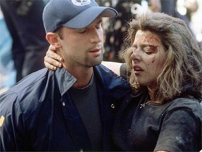 Người dân New York giúp đỡ lẫn nhau vượt qua thảm họa