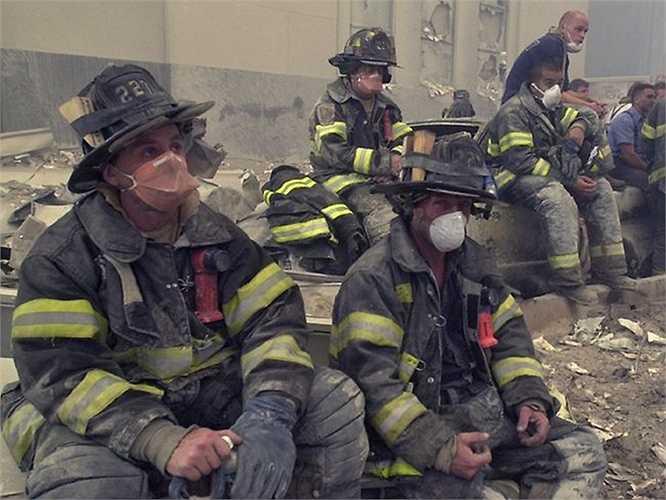 Lính cứu hỏa New York tại hiện trường vụ khủng bố