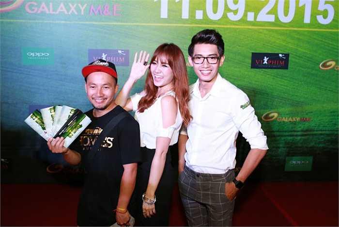 Với sự góp mặt của các diễn viên Việt Hương, Trấn Thành, Thu Trang, Hariwon, Quang Đăng…Trùm Cỏ hứa hẹn sẽ là một bộ phim hài hiện đại, mới mẻ, với sự đầu tư kỹ lưỡng từ hình ảnh đến âm nhạc, vũ đạo và câu chuyện độc, lạ