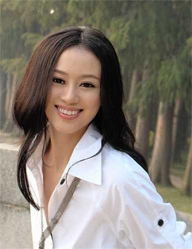Là ngôi trường đào tạo trong lĩnh vực báo chí nhân văn nên Đại học Truyền thông Trung Quốc có rất nhiều mỹ nữ tài sắc, xinh đẹp hội tụ. ệc nổi tiếng cũng không quá khó khăn.