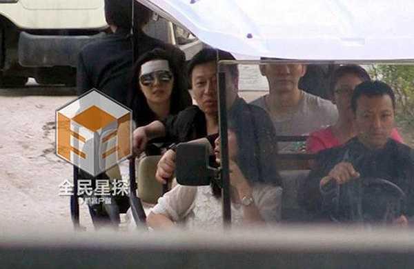 Được biết, mới đây, Phạm Băng Băng và Lý Thần vừa có kỳ nghỉ vui vẻ bên nhau tại Hongkong nhân dịp lễ. Cả hai còn về Thanh Đảo, quê hương của Phạm Băng Băng để gặp gỡ các thành viên trong gia đình nữ diễn viên.