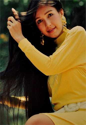 Diễm My là gương mặt đại diện cho nhan sắc tiêu biểu nhất của điện ảnh Việt thời kỳ sau chiến tranh.