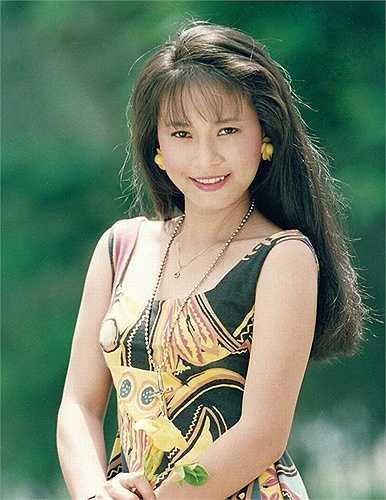 """Ít ai biết 'Cô gái xấu xí' Ngọc Hiệp cũng là một trong những tên tuổi thuộc hàng """"ngọc nữ"""" của điện ảnh Việt cùng thời kỳ với Việt Trinh hay Diễm Hương."""