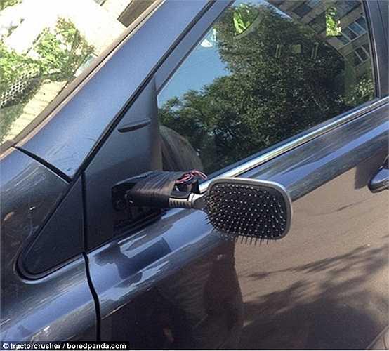 Gương nhà tắm thay gương chiếu hậu ô tô