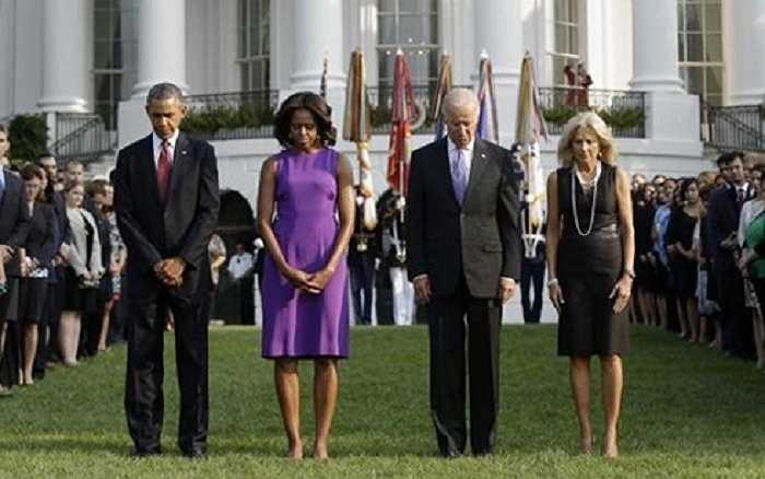 Tổng thống Mỹ Barack Obama và đệ nhất phu nhân Michelle Obama trong buổi tưởng niệm các nạn nhân của vụ tấn công khủng bố 11/9 cách đây 14 năm