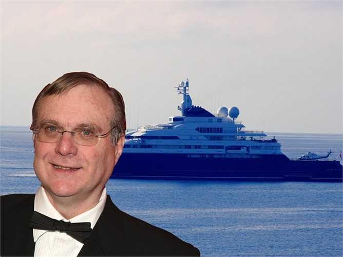 Trước đó, hồi tháng 5, Paul Allen đã mời rất nhiều ca sĩ, diễn viên, người mẫu nổi tiếng đến tham dự một bữa tiệc xa hoa của mình trên chiếc du thuyền 'Bạch tuộc' của mình