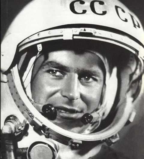 Phi hành gia Titov