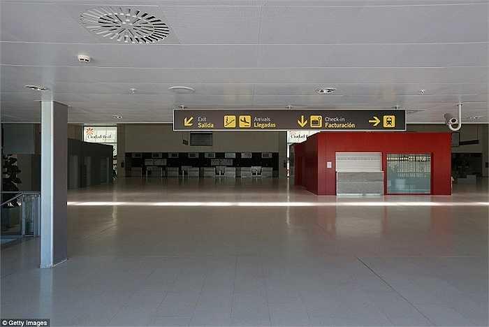 Tây Ban Nha đã chi hàng tỷ USD để xây dựng sân bay Ciudad Real Central Airport nhưng giờ đây nó đã trở thành 'biểu tượng' cho sự lãng phí