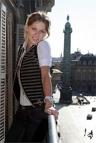 Người đẹp Masha Novoselova