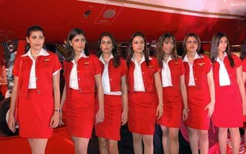 Những tiếp viên xinh xắn và đạt chuẩn cân nặng của Air India