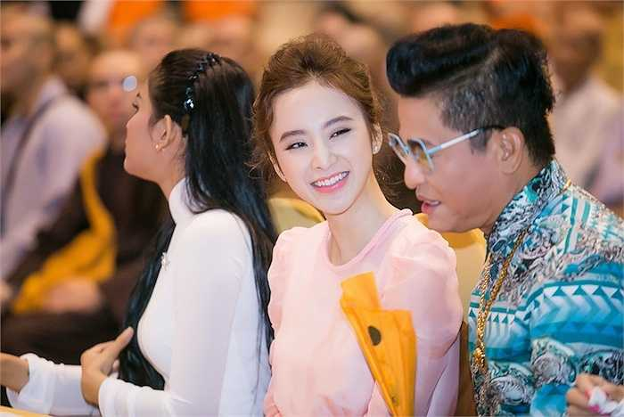 Bộ phim mới nhất mà cô tham gia thuộc một dự án điện ảnh rất lớn, sẽ được bấm máy từ đầu tháng 10 với 2 bối cảnh chính là TP HCM và Vịnh Hạ Long. (Trung Ngạn)