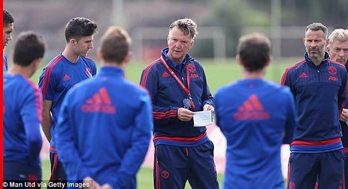 Ông khẳng định sẽ bớt cứng nhắc trong phương pháp huấn luyện, đồng thời sẵn sàng thay đổi để đội bóng có được những kết quả tích cực