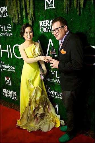 Tại Hollywood, Hà Phương là một người Việt nổi bật, hay được gọi thân mật là 'HP', 'Angelina Jolie Vietnam'.