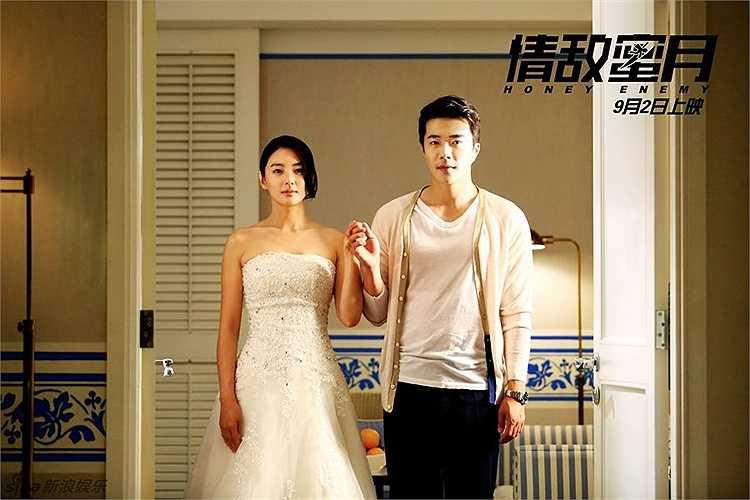 Trương Vũ Kỳ - Kwon Sang-woo: Trong bộ phim Trăng mật tình địch/The Honey Enemy (2015), nữ diễn viên Trung Quốc Trương Vũ Kỳ và tài tử Hàn Quốc Kwon Sang-woo vào vai cặp đôi Hạ Tiểu Vũ và CEO Chu Vân Phong. Cả hai từ chỗ đối đầu trở nên gần gũi và yêu nhau.
