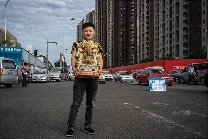 Sau vụ nổ Thiên Tân, nhiều người trở nên mê tín hơn hẳn lúc trước