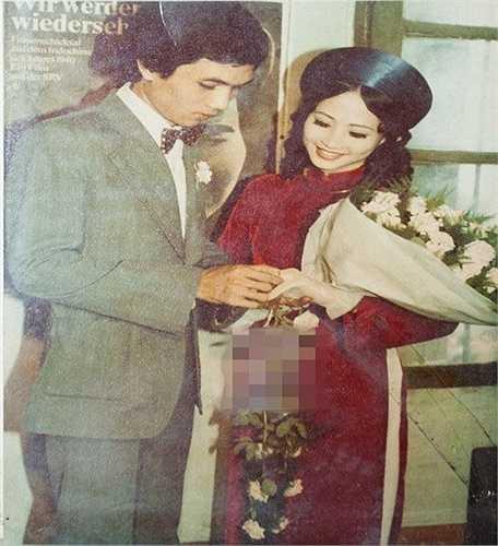 Ảnh cưới giản dị của NSND Như Quỳnh và nhiếp ảnh gia Hữu Bảo vào năm 1980.