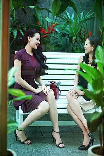 Được biết vừa qua Trang Nhung quyết định từ chối hai lời mời tham gia đóng phim của hai tác phẩm lớn vì cô muốn dành nhiều thời gian cho con gái Vani của mình đồng thời tập trung 100% cho việc lấy lại vóc dáng.