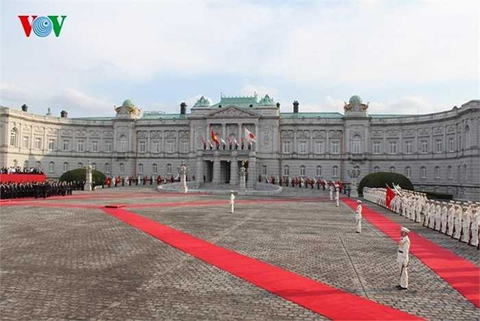 Lễ đón chính thức Tổng Bí thư Nguyễn Phú Trọng tại Nhà khách Chính phủ Nhật Bản