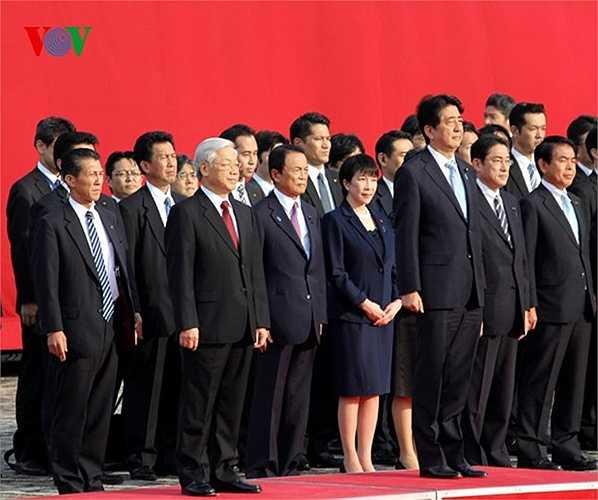 Thủ tướng Shinzo Abe chủ trì lễ đón Tổng Bí thư Nguyễn Phú Trọng tại Nhà khách Chính phủ