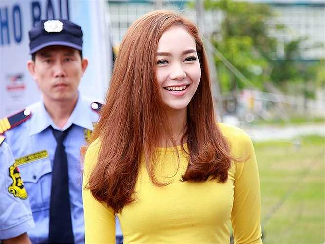 Hôm qua (15/9), Minh Hằng đã có đêm diễn phục vụ các bạn sinh viên tại làng đại học quốc gia Thủ Đức trong hành trình xuyên Việt của Campus tour 2015.