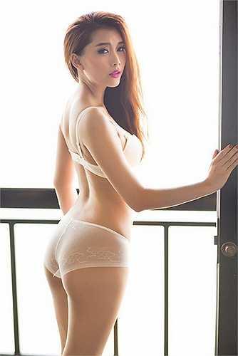 Với số đo vòng 3 95 cm, Lan Hương từng được mệnh danh là 'siêu vòng 3' của showbiz Việt.