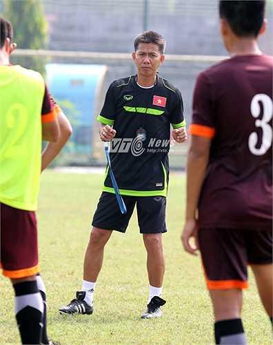 Để có thể lọt vào Top 15 đội (cùng với đội chủ nhà Bahrain) tham dự VCK châu Á 2016, U19 Việt Nam cần phải có được vị trí nhất bảng G hoặc ít nhất cũng phải là 1 trong 5 đội nhì bảng có thành tích tốt nhất. (Ảnh: Quang Minh)