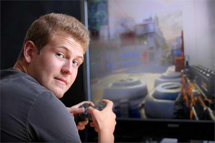 5. Người kiểm tra video games. Lương hàng năm của một người chỉ ở nhà và chơi game cũng lên tới khoảng 71.000 USD/ năm. Một nghề đáng 'mơ ước' dành cho người lười làm việc