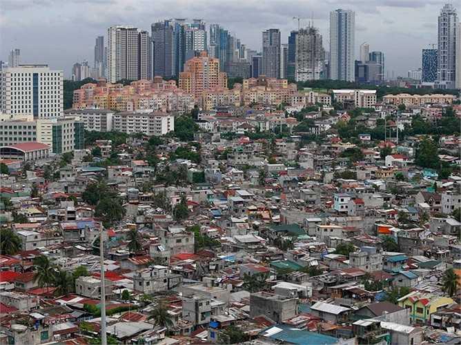 4. Philippines (Khu vực trung tâm Makati): Giá nhà tăng lên 7.91%, thể hiện sự khởi sắc của thị trường bất động sản và nền kinh tế, với dự kiến tăng trưởng GDP trong năm nay ít nhất là 6%.