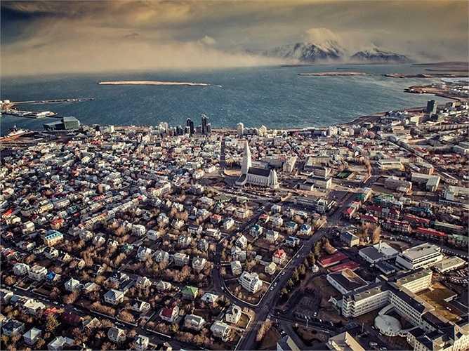 5. Iceland: Giá bất động sản tăng lên 7,84% trong vòng 1 năm qua, dù đã từng bị giảm giá rất mạnh do ảnh hưởng từ cuộc khủng hoảng tài chính.