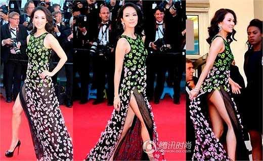 Chương Tử Di không cần gây chú ý vẫn tạo được hiệu ứng quốc tế. Cô thuộc số ít những diễn viên Hoa ngữ được o bế. Nhưng trong một lần thảm đỏ tại Pháp, người đẹp mất điểm khi mặc váy hớ hênh vòng ba.