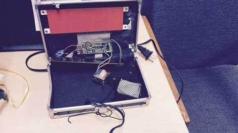 Chiếc đồng hồ tự chế của Ahmed do cảnh sát công bố