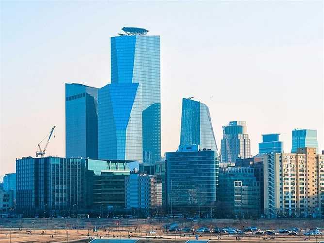 Seoul - Ngành ngân hàng ở Hàn Quốc phát triển mạnh kéo theo sự đi lên của thủ đô Seoul. Tính trên bình diện quốc tế, ngành ngân hàng ở Seoul đúng thú 5