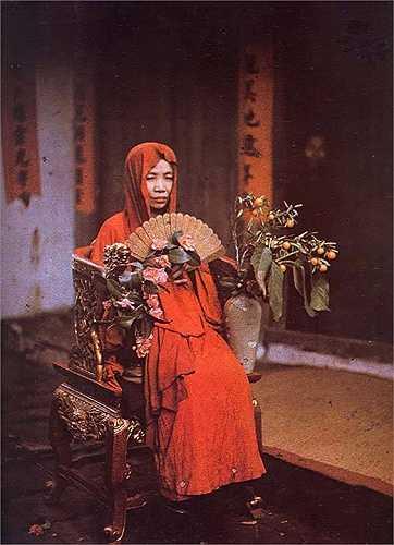 Hình ảnh Bà Đồng trong văn hóa Chầu Văn