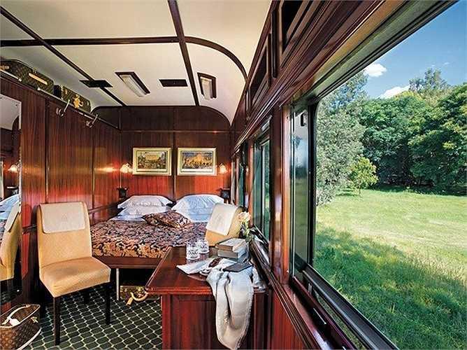 Các căn phòng khá hẹp nên khi biến chúng thành phòng ngủ đã phải thiết kế và lên phương án rất kỹ