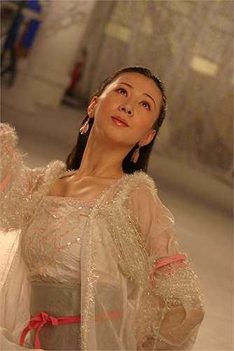 Thang Gia Lệ trong Hoan thiên hỉ địa thất tiên nữ được coi là nàng Hằng Nga gợi cảm nhất trên màn ảnh Trung Quốc.