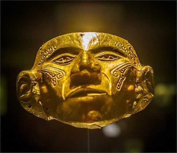 Chiếc mặt nạ ra đời trong khoảng thời gian từ năm 200 trước Công nguyên tới năm 900 sau Công nguyên.