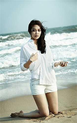 Shin Min Ah gây ấn tượng với nhiều bộ phim như Bạn gái tôi là Hồ ly, Arang sử đạo truyện, A Million,.. còn So Ji Sub được khán giả Việt biết tới với các bộ phim Giày thủy tinh, Xin lỗi anh yêu em...