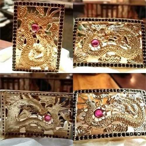 Mặt dây lưng hình rồng đính 66 viên Sapphire thiên nhiên và 2 viên ruby. Vật phẩm này có chất liệu bằng đồng mạ vàng hồng, giá 1,5 triệu đồng.