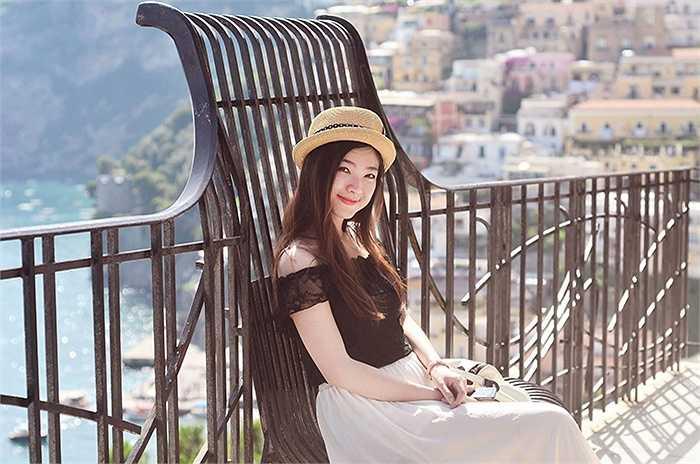 Nữ du học sinh Việt xinh đẹp Bùi Huyền My, sinh năm 1992, đến từ Hạ Long - Quảng Ninh.