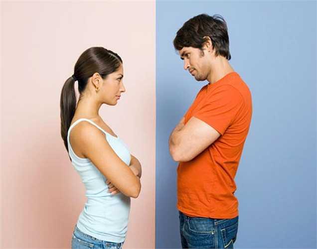 Thường xuyên tắc mũi:  xảy ra do các độc tố dư thừa trong không khí. Buồn nôn là triệu chứng phổ biến của các độc tố dư thừa trong cơ thể.