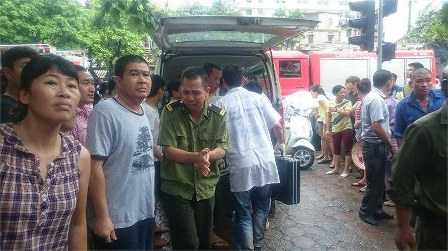 Tính đến hiện tại, đã có 15 nạn nhân được giải cứu ra khỏi đống đổ nát.