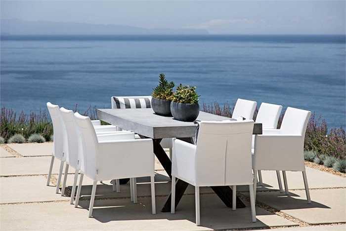Hòa mình vào thiên nhiên và tận hưởng cảm giác như trong một resort 5 sao bên bờ biển.