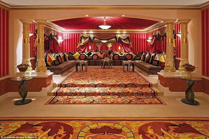 Dãy phòng xa xỉ chỉ dành riêng cho đại gia với các tiện nghi 'trong mơ' với nhiều người. Đây được gọi là những căn phòng hoàng gia