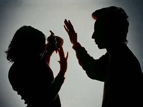 Việc vợ ngoại tình đã như giọt nước tràn ly chấm dứt cuộc hôn nhân địa ngục mà Trần phải chịu đựng người vợ trịch thượng của mình gần 10 năm qua. (Ảnh minh họa).