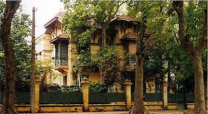 Hà Nội hiện có 312 biệt thự, trong đó có 218 biệt thự thuộc danh mục của đề án quản lý nhà biệt thự trên địa bàn thành phố, được HĐND TP thông qua tại Nghị quyết 18.