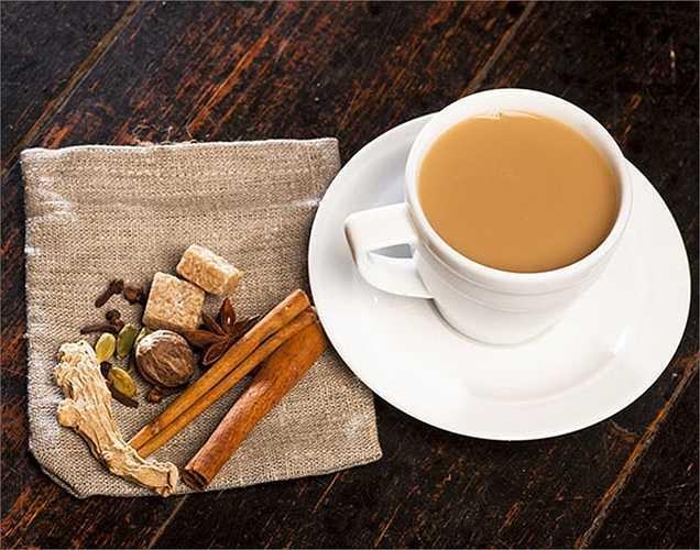Trà: không chỉ tốt cho sức khỏe tim mạch, nó còn tốt cho não vì nó giúp ngăn ngừa đột quỵ. Uống trà một lần trong một ngày để tốt cho hoạt động tinh thần và thể chất.