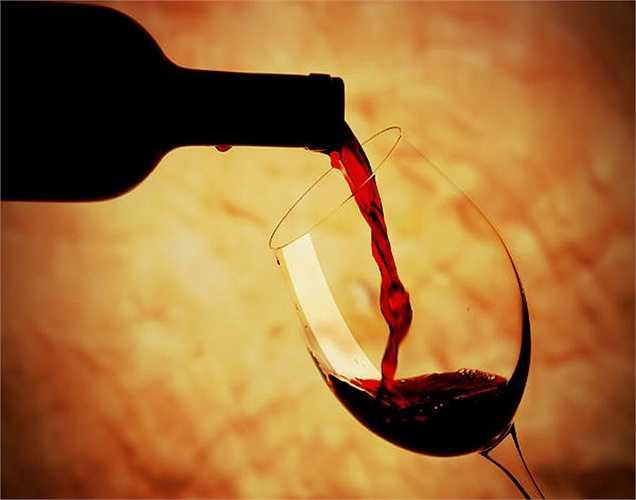 Rượu vang đỏ tốt cho tim, đặc biệt là rượu vang làm từ nho và đặc biệt loại không có cồn.