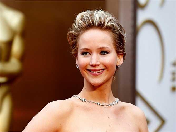 Năm 2013, một ngày tỷ phú người Mỹ kiếm được 37 triệu USD, lớn hơn thu nhập cả năm của diễn viên ăn khách Jenifer Lawrence